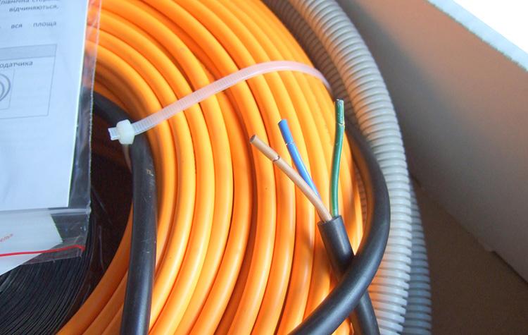 двухжильный кабель