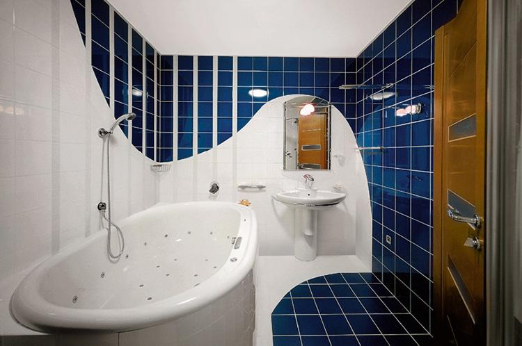 ванная обычная переделанная в джакузи