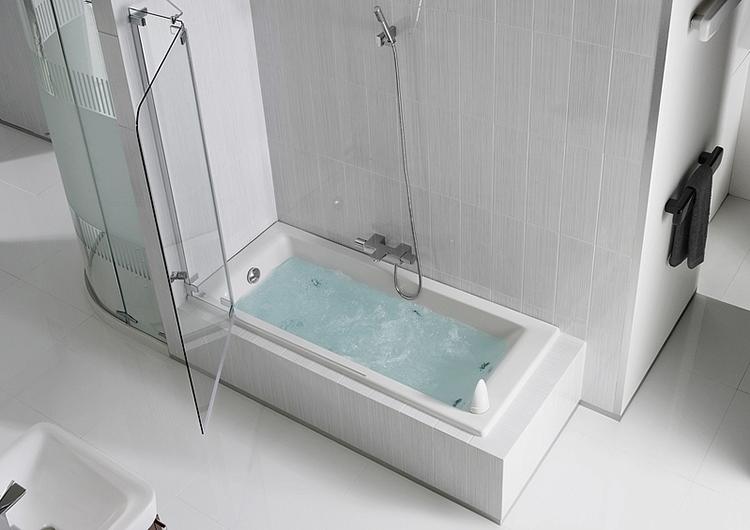 красивая ванна из чугуна
