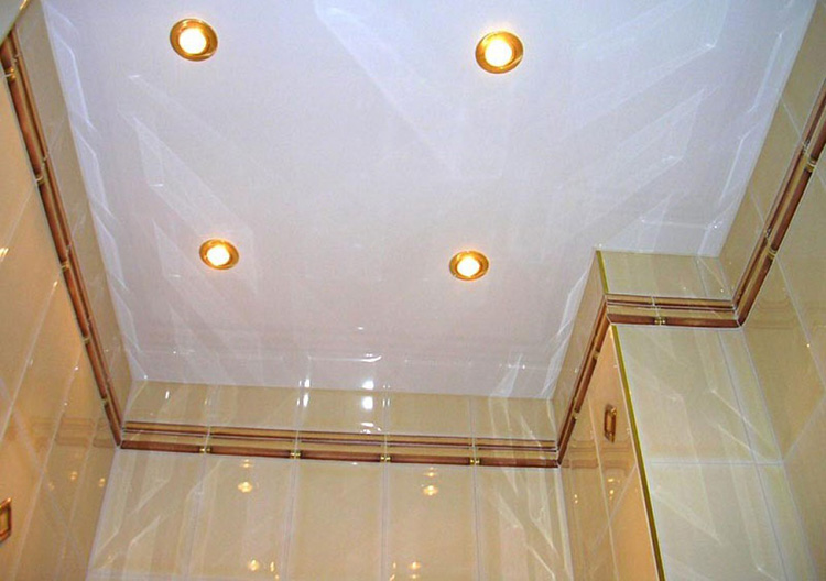 потолок с диодными светильниками