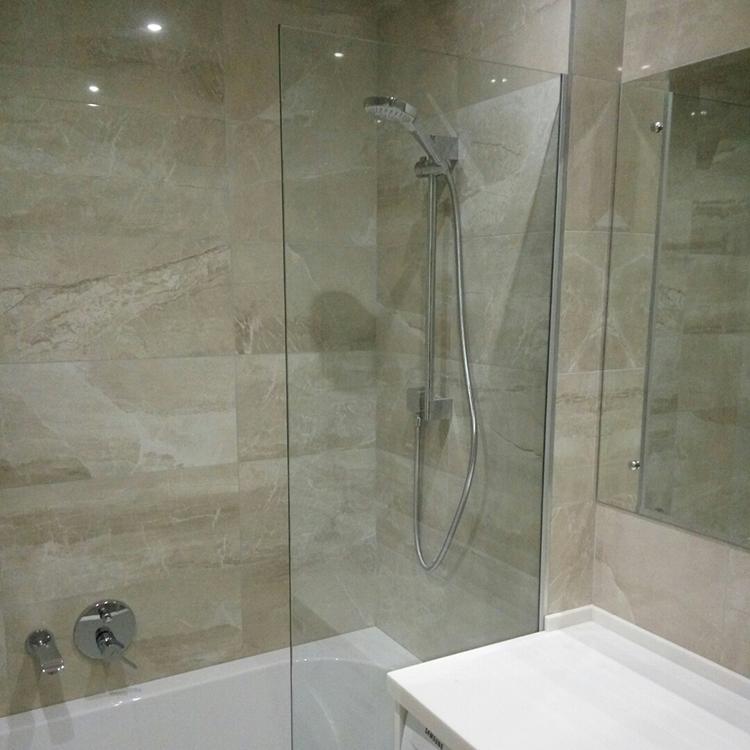 шторка в ванной
